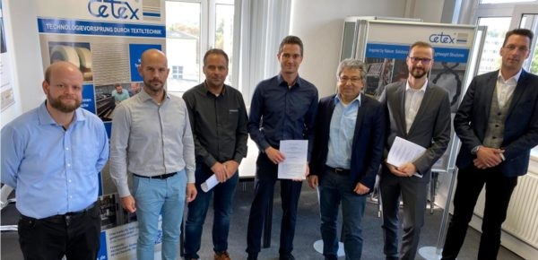 Kooperationspartner auf dem Gebiet Hybridrovings (v. l. n. r.): Falk Mehlhorn (Cetex), Florian Mitzscherlich (The FilamentFactory), Matthias Hess (The FilamentFactory), Yasar Kiray (The Filament Factory), Sebastian Iwan (thermoPre Engneering), Sven P. Fritz (The FilamentFactory)
